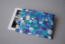 IPAD COVER 1 bl.green tulips
