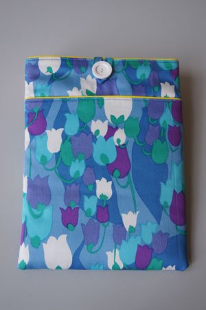 IPAD-COVER-1-bl.purple-tulips2