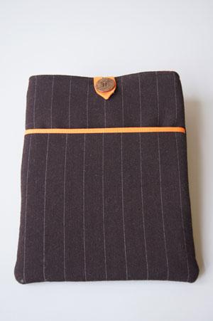 iPadCover1_BrownOrange300