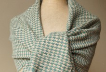 Shawl baby alpaca - houndstooth cream-green