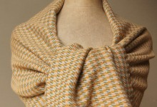 Shawl baby alpaca - houndstooth cream-green-ochre