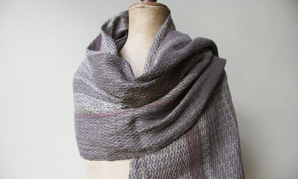 shawl madb.trad - dark grey